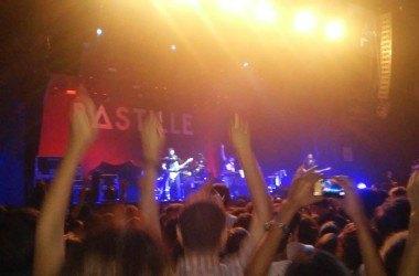 Bastille e Foster the People: muito perfume e pouco carisma