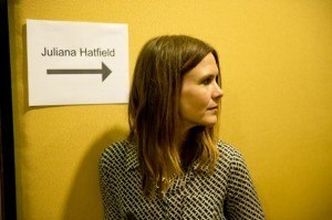 Juliana-Hatfield-three-rock-cabeca