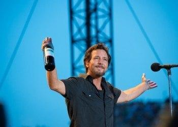 6 curiosidades sobre Eddie Vedder (pra puxar assunto nos shows do Pearl Jam)