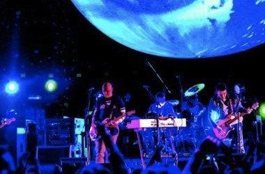 Live Playlist: a onda dos álbuns tocados na íntegra no palco