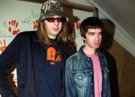 10 artistas de rock que adoram flertar com o eletrônico