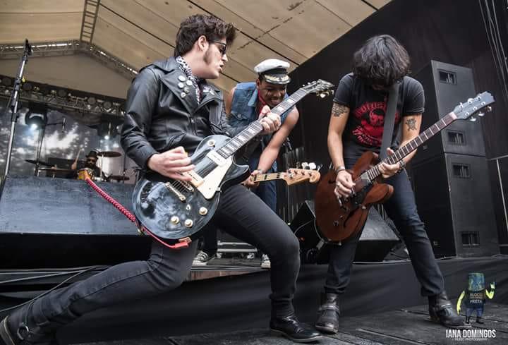 Luís Borges (batera), Luiz Gringo (guitarra e vocal), Leo Alves (baixo e vocal) e Punkerage (guitarra): Evil Matchers em ação