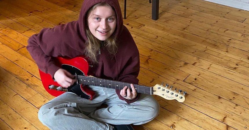 Girl in Red: existe amor na Noruega